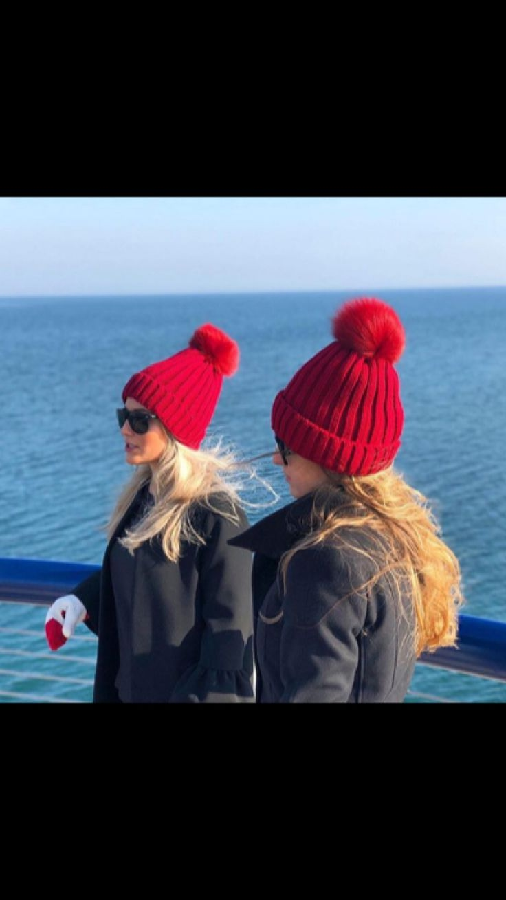 https://www.findingthewarmth.ca/collections/fur-pompoms    Fox Fur Pompom Hats available in Canadian Red, Pink, Red Wine, Black, White, Navy and Grey!  - Stunning insulated beanie - Lined with fleece for added warmth - Ribbed knit 100% acrylic - Topped with a 15cm interchangeable fox fur pompom - Adult one size fits all