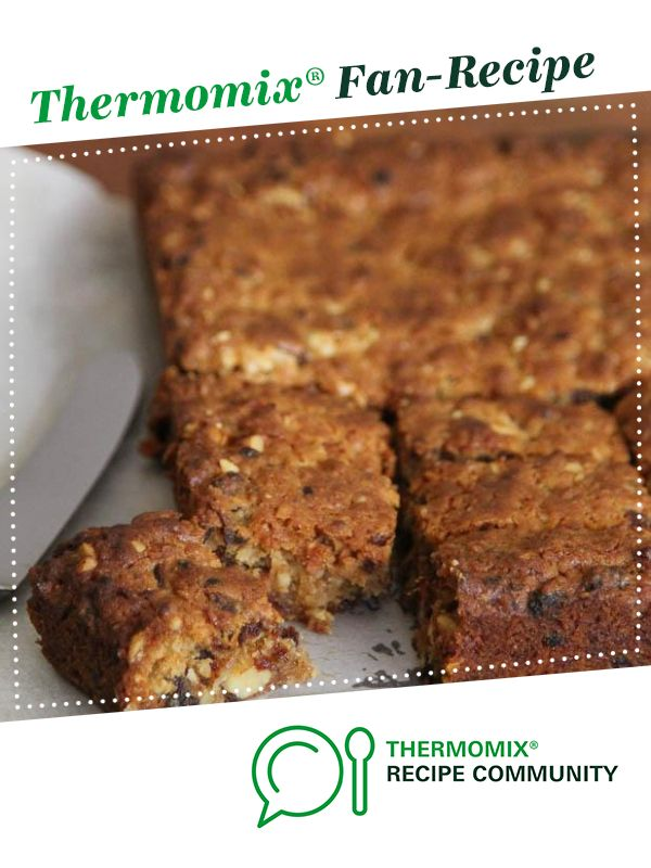 Walnut and date tray cake by monicaih. A Thermomix <sup>®</sup> recipe in the category Baking - sweet on www.recipecommunity.com.au, the Thermomix <sup>®</sup> Community.