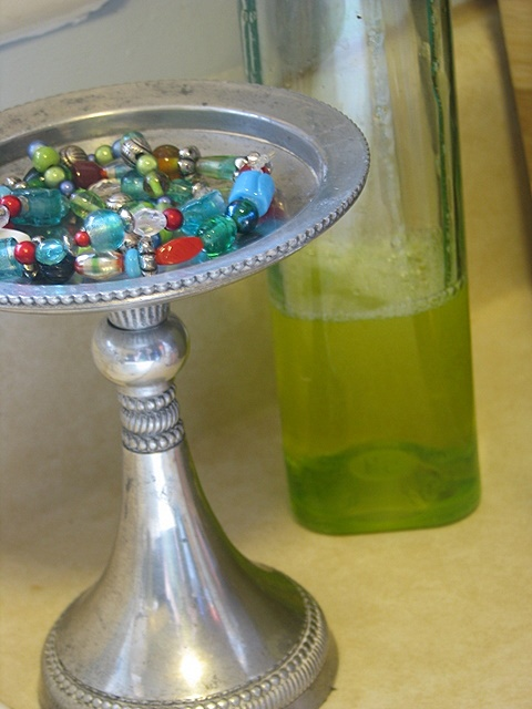 Play It Again, Momma: Homemade Gold & Silver Jewelry Cleaners | The Motherload