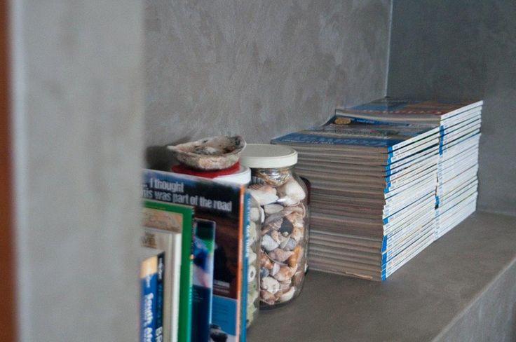 Earthcote Iron Paint #PaintSmiths #decor #books #homedecorideas