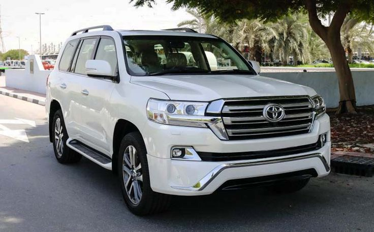 2018 Toyota Land Cruiser overview