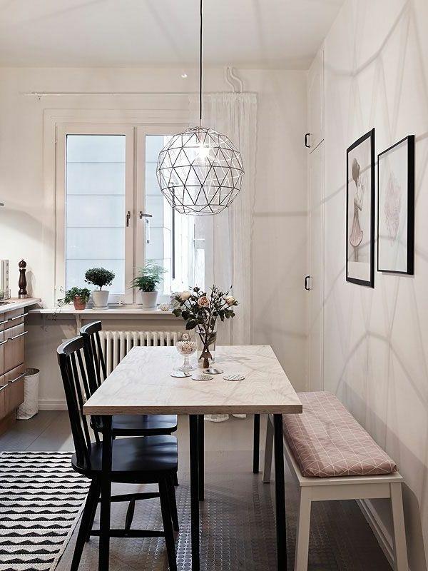 innendesign esszimmer küche hängelampe sitzbank teppichläufer
