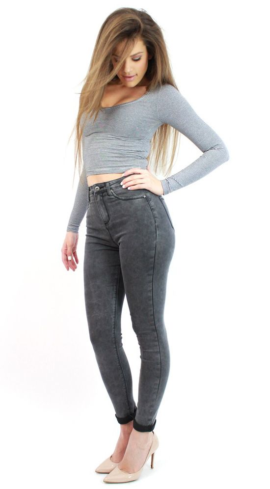 Chic Dark Grey Skinny Jeans- at www.famevogue.ro a must have in your wardrobe...:)  #jeans #style #fashion #casual #trends