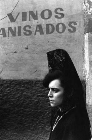 GRANADA, Spain—Holy Week, 1984 © Ferdinando Scianna / Magnum Photos