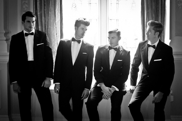 Have your groomsmen all in black tie #wedding #groom #tuxedo