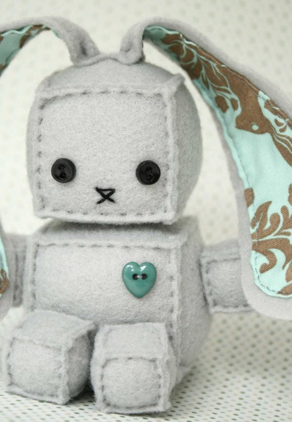 Just Add Ears To That Other Free Robot Plush Diy Sewing Pattern I Already Pinned Easter Bunny For The Boys Baskets Manualidades Pinterest