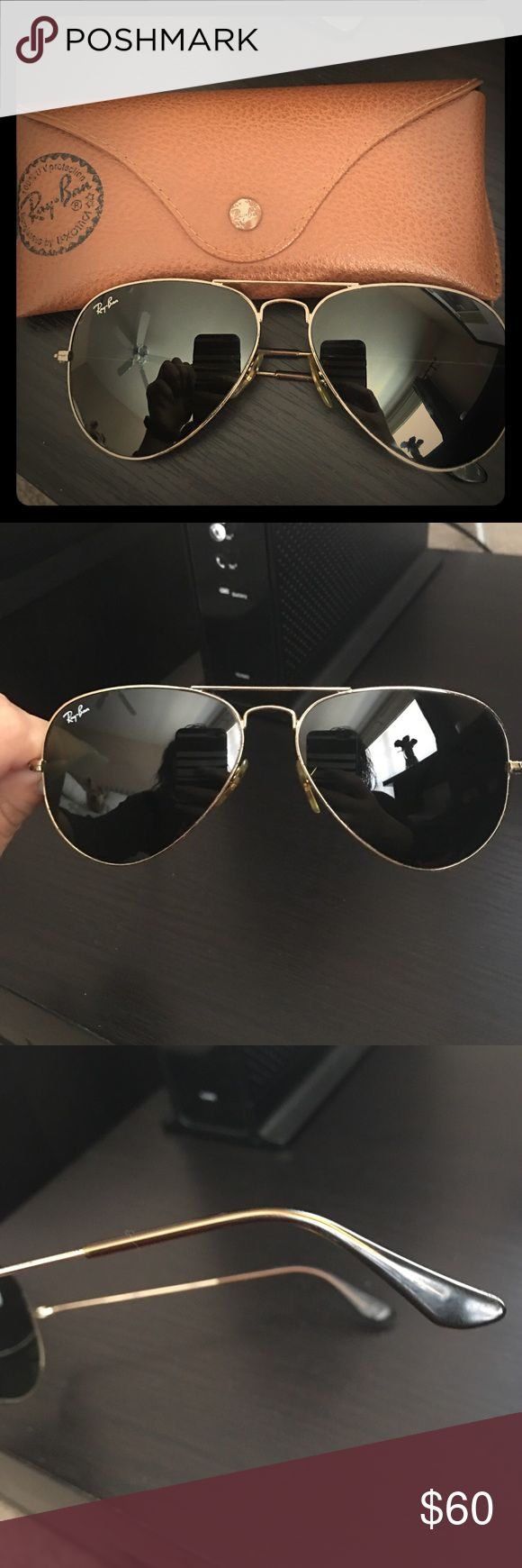 do ray ban prescription glasses come with a case  ray ban gold aviators dark green lenses. recently replaced does not have scratches on lenses