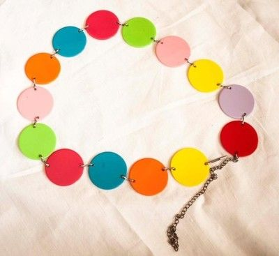 Pasek na biodra z kolorowych kółeczek młodzieżowy licytacja Allegro #kolorowy #pasek #młodzieżowy #dziewczęcy #kółeczka #modny