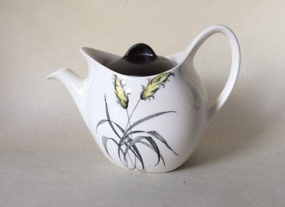 Midwinter Stylecraft Bali-Hai Teapot Fashion Shape. by Eddystone