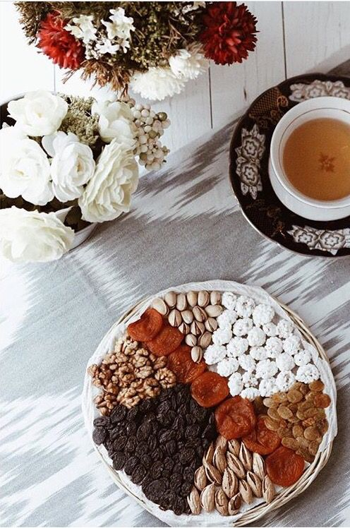 Uzbek tea ceremony with sweets and dried fruits/ сухофрукты/ чайная церемония i❤️Uzbekistan (c)sitora