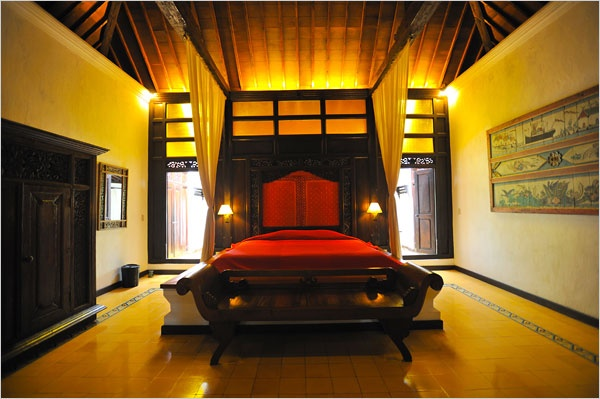 Dreamy bedroom from a NYTimes.com article about hotels in Javanese hotel.