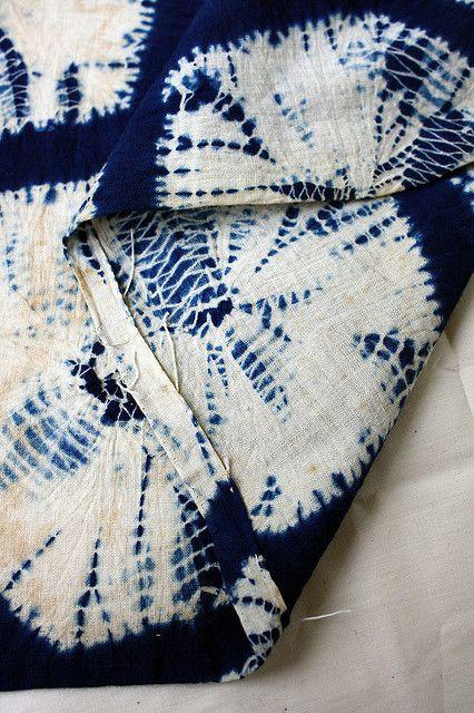 kikko kumo shibori by orime, via Flickr
