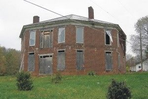 Industrialist Abijah Thomas built an octagonal house in 1856-57 near Adwolfe, Va