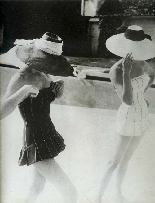 Oh so chic!: Photos, Hats, Bathing Suits, Style, Vintage Fashion, Dior, 1954