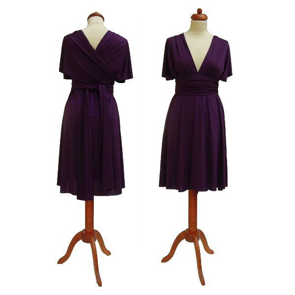 Krátké fialové šaty. Variabilní šaty Convertibles jsou ideální na svatbu, maturitní ples, společenské akce i denní nošení. Uvažte si je jakkoliv budete chtít a pokaždé v nich můžete vypadat jinak.