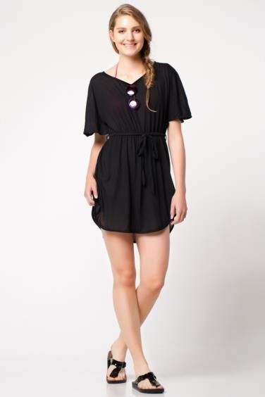 Şık tasarımı ve kolay kullanımı ile sıcak yaz günlerinde plajda kolaylıkla şıklığı yakalayabileceğiniz DeFacto şifon bayan plaj elbisesi.