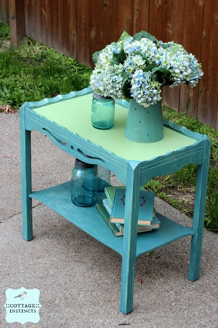 cottage instincts: ::Even More Side Table Fun:: Funkified  chalk and milk paint fun