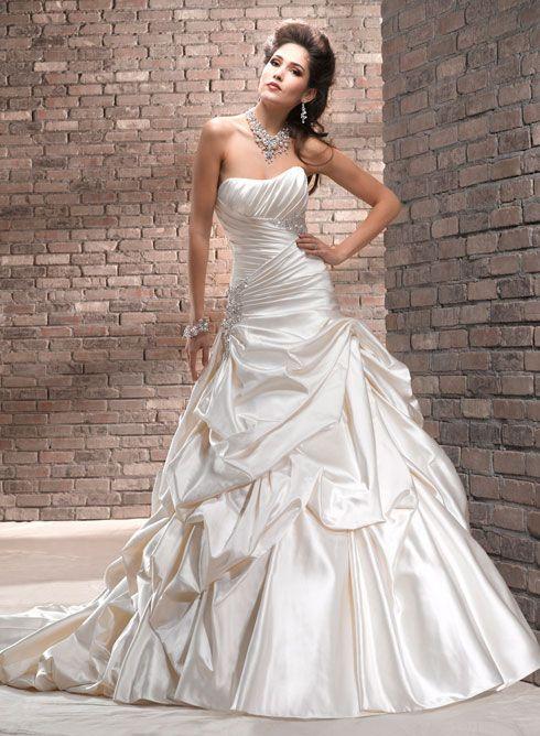 gorgeous Maggie Sottero gown