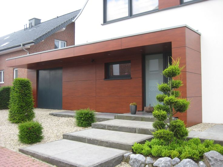 Wand- und Deckenverkleidung in ausgewähltem Dekor (hier Holzoptik) geben ihrer Hausfassade einen besonderen Akzent