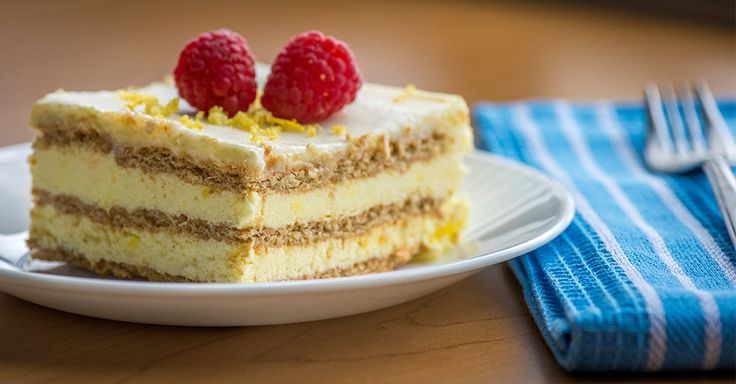 Sunny No-Bake Lemon Icebox Cake
