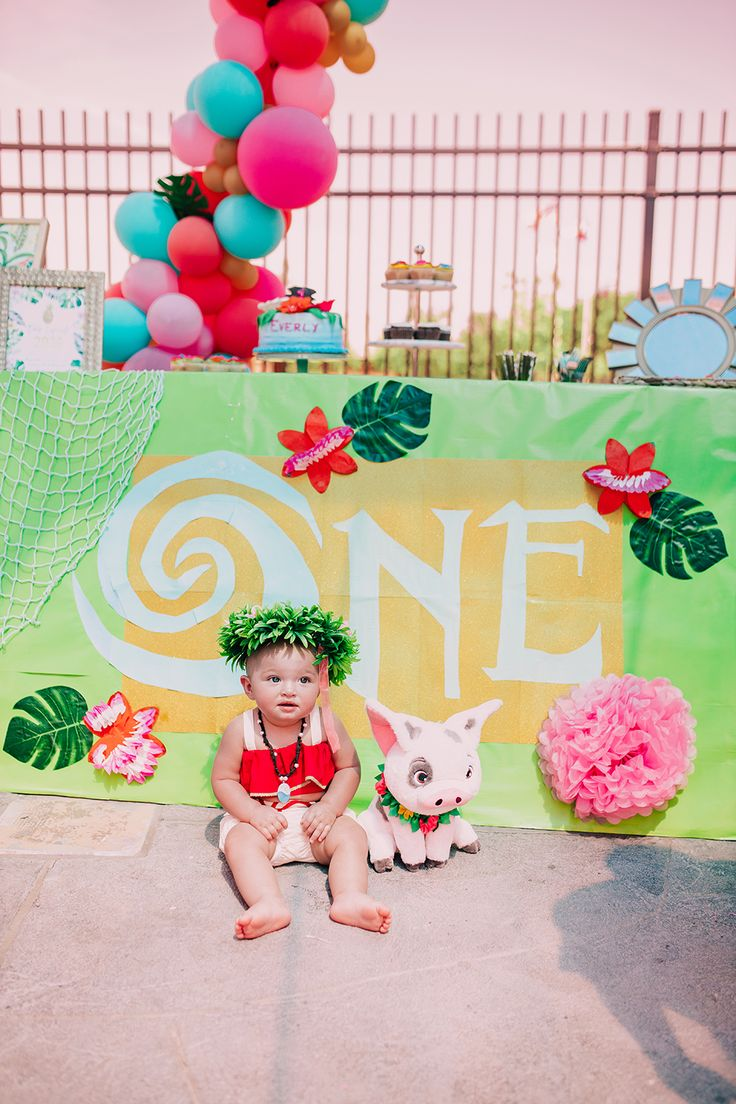 Everly's MoanaInspired First Birthday Party Vandi Fair