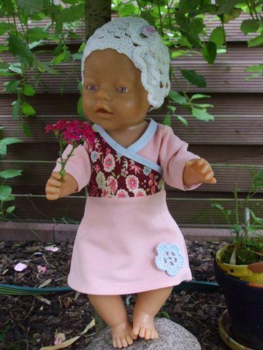 Kostenloses Schnittmuster Katrin (für Puppen) von Mamu Design