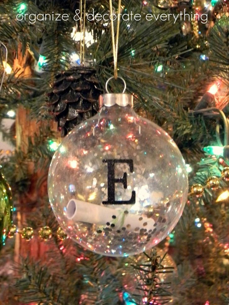 Let S Decorate The Christmas Tree Lyrics