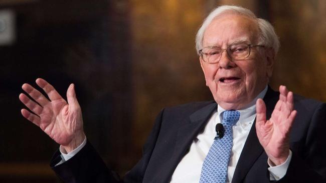Warren Buffet gibt Anlegern Tipps rund ums Geld-Anlegen http://www.bild.de/geld/wirtschaft/buffett-warren/geld-anlange-tipps-von-warren-buffett-34862582.bild.html