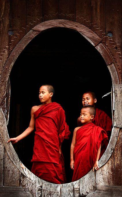 Novice buddhist monks in Shwe Yan Pyay Monastery, Myanmar