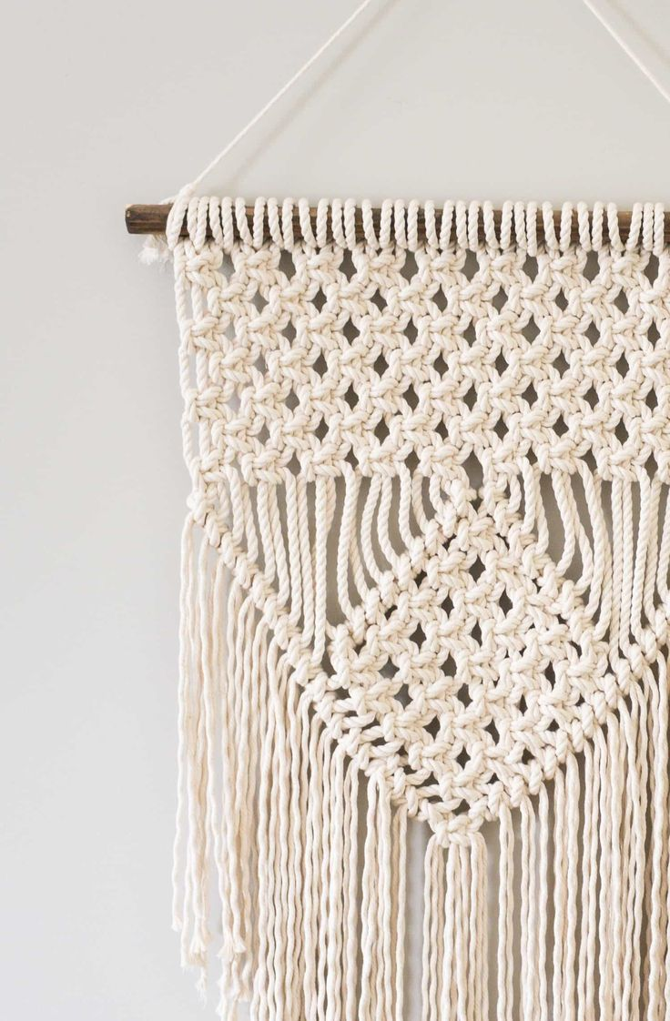Learn Three Basic Macrame Knots To Create Your Wall