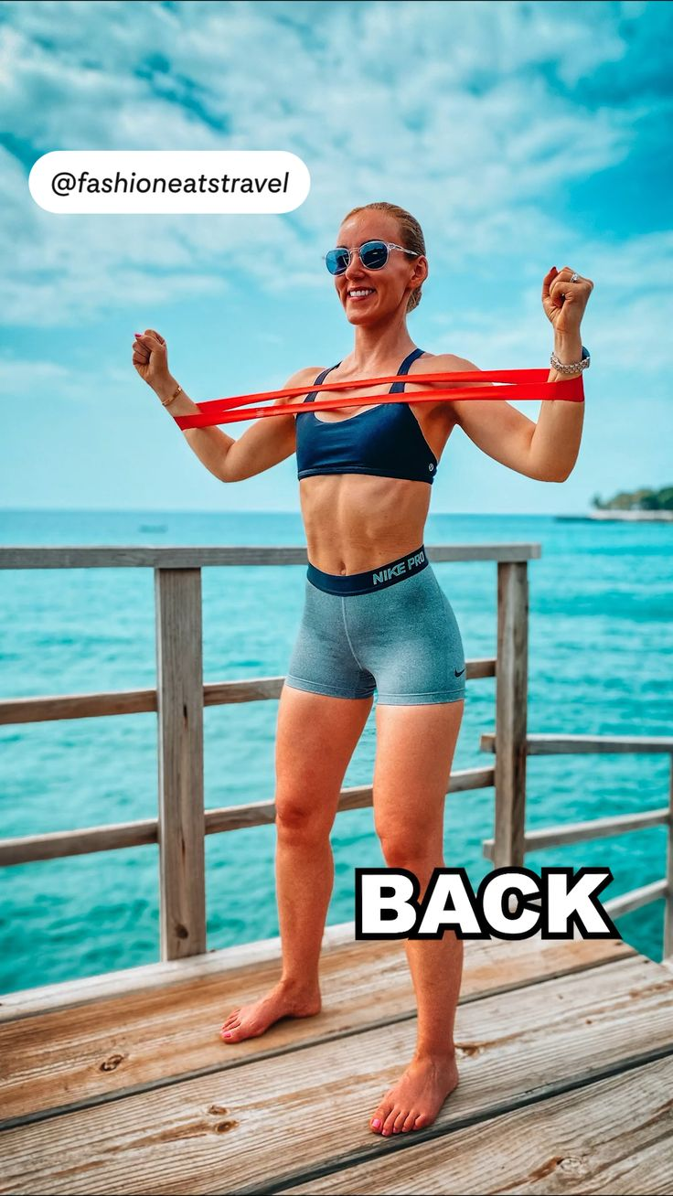 Back Workout At Home, Back Fat Workout, Workout At Work, Plank Workout, Workout Challenge, Move Your Body, Resistance Band Exercises, Fitness Journal, Back Exercises