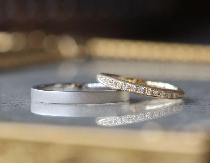 マットな質感が優しく輝く結婚指輪。形はそれぞれの好みに。つや消しの風合いをお揃いにしてお仕立てしました。  マリッジリング,marriage,wedding,bridal,ring,ダイヤモンド,diamond,エタニティ,