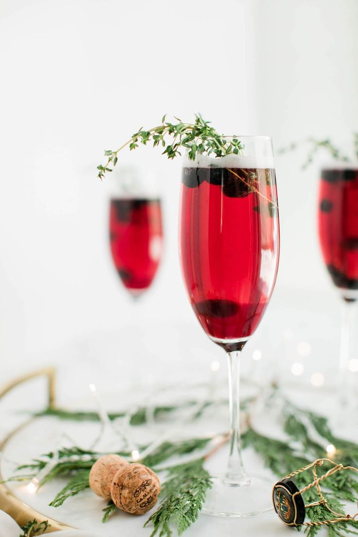 These Cozy Winter Cocktails Will Warm The Cockles Of Your Heart Champagne Cocktail Best Christmas Cocktails Cocktail Making