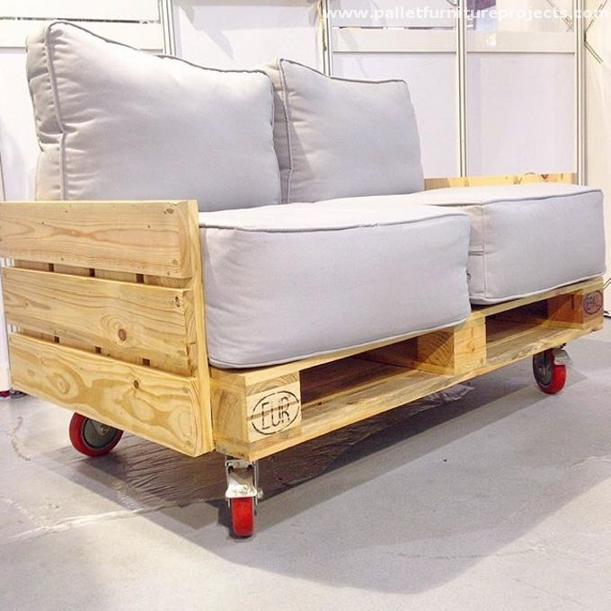 Raw Pallet Sofa on Wheels