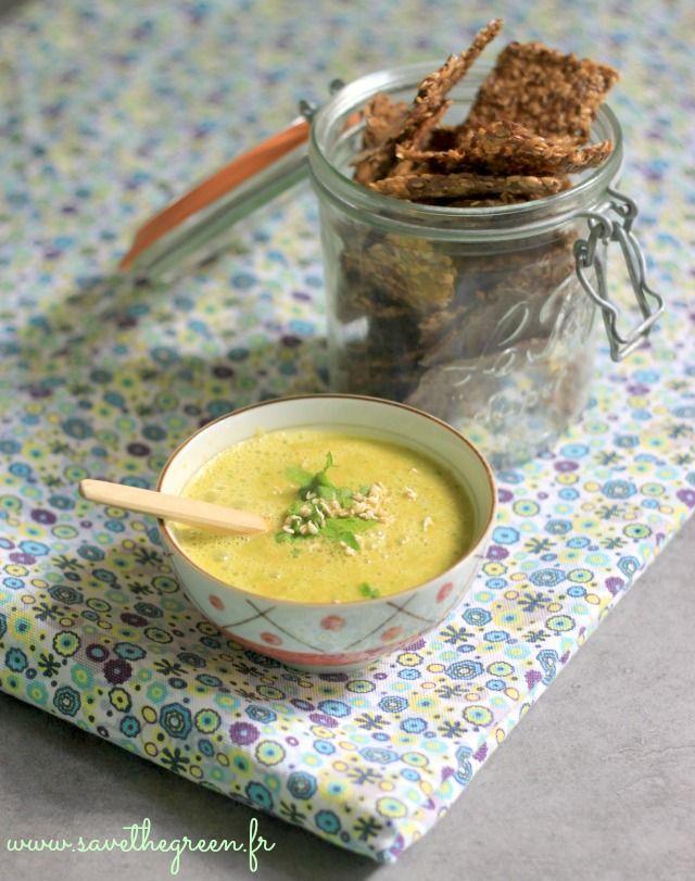 Soupe crue aux carottes, gingembre, coriandre et orange. Pourquoi faire des soupes crues en hiver? Parce que c'est facile et que c'est plein de nutriments !