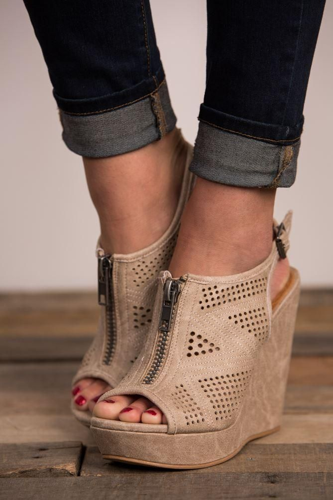Pink Coconut Boutique | Hole Lot Of Love Wedge Heels - Cream