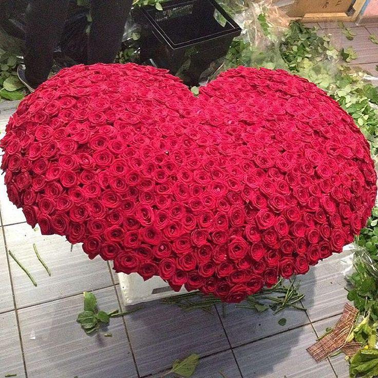картинки сердца из больших букетов цветов что