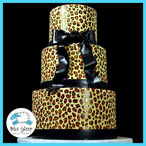 Animal (cheetah) print cake...maybe for my next bday depending on what we do!