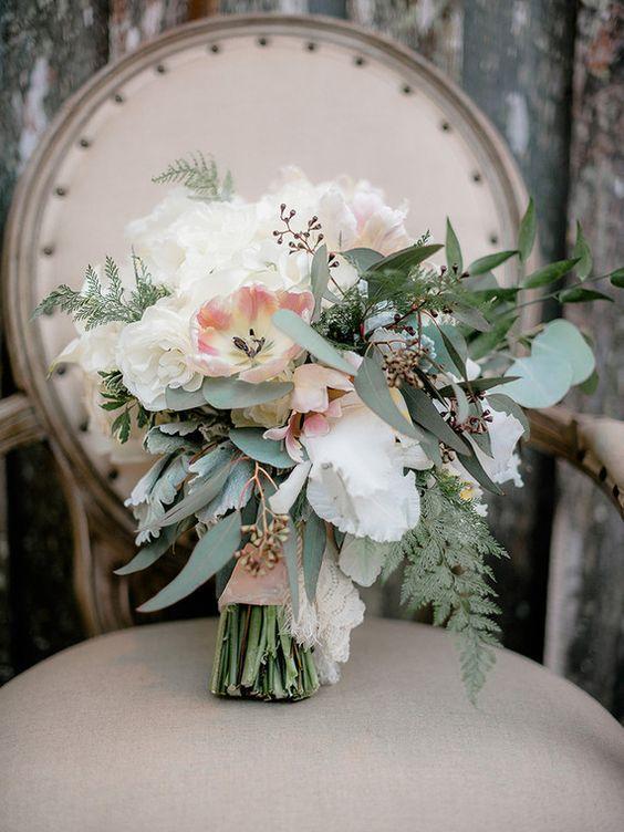 Visto No 100 Layer Cake Feito Por Out Of The Garden Com Trendy Weddingfl Weddingbouquet