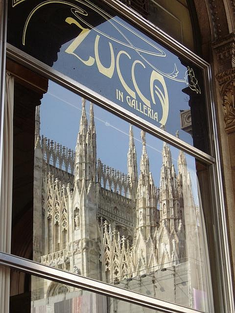 Zucca, a favorite restaurant in Milan. Love the reflection of the Duomo in the window.