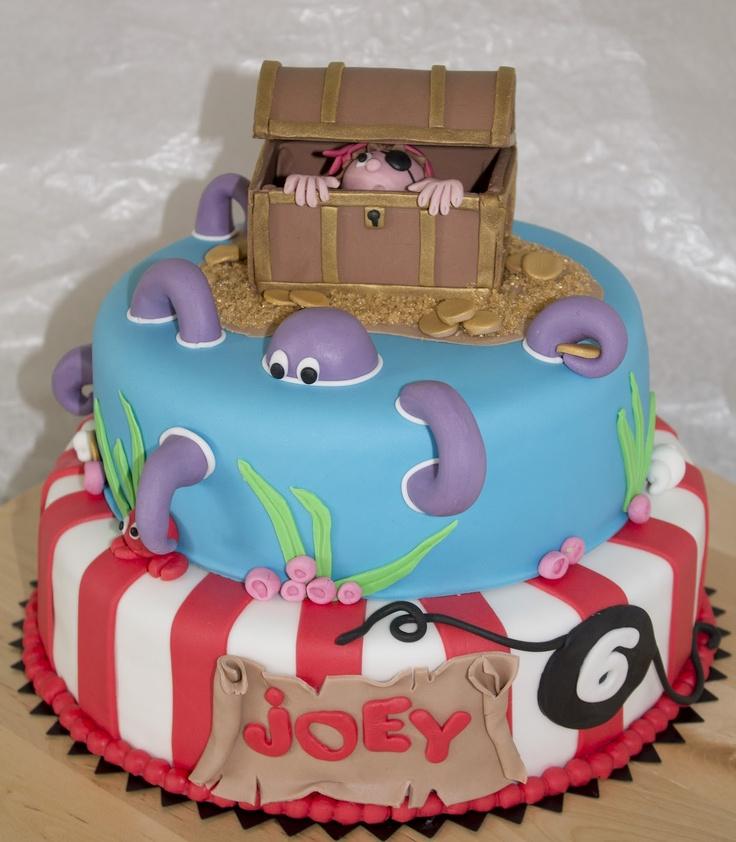 cupcakes & zo: piratentaart met schatkist