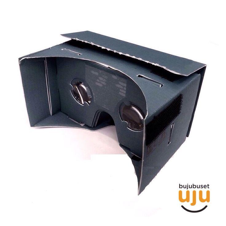 """BIG Premium Edition (blue) IDR 250.000. Cardboard ini mendukung smartphone untuk ukuran diatas 5 inchi (70-85mm). Deskripsi produk: lensa lebih jernih & tahan baret; kualitas cardboard lebih kuat dan presisi; packaging dengan instruksi lengkap, ada 3D token; tidak dapat headband; terdapat stiker """"oil-repellent"""" di bagian dahi."""