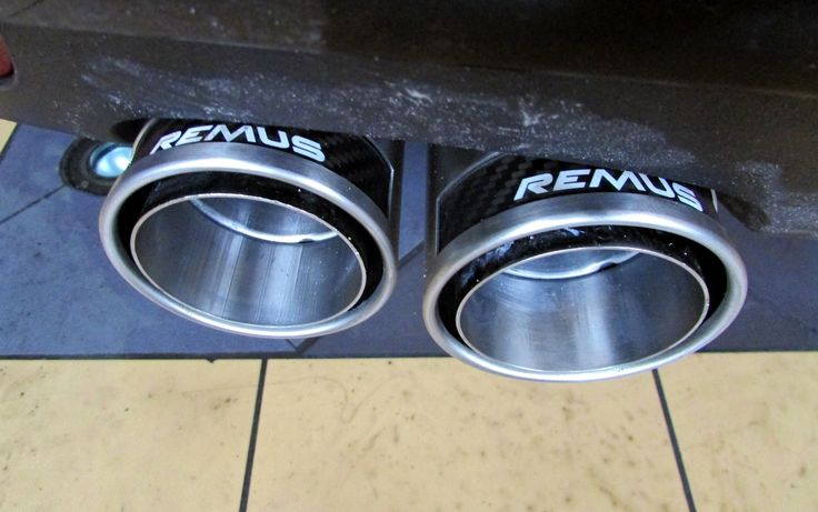 REALIZACJA: AUDI A1  Dzisiaj pragniemy pokazać kolejną realizację wykonaną w naszym serwisie. Prezentowane Audi A1 to idealny przykład na to, że nawet miejskie auto może wyglądać i przede wszystkim brzmieć dużo lepiej niż seria! Wszystko dzięki rozwiązaniu REMUS INNOVATION.  Więcej informacji na naszym blogu: http://www.remus-polska.pl/realizacja-audi-a1/  Remus Polska http://www.remus-polska.pl/