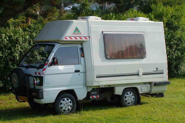 micro mini campers un mini camping car aux plages de beg leguer bretagne trebeurden mini rv. Black Bedroom Furniture Sets. Home Design Ideas