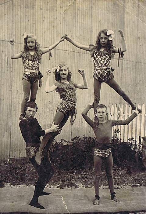 vaudeville children | vintage circus.
