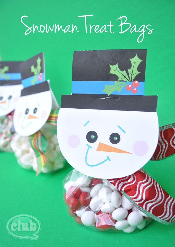 Make your own snowman treat bags with free printable @clubchicacircle