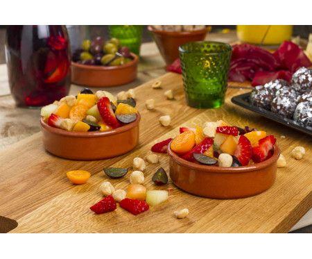 Fruktsallad med rostade hasselnötter