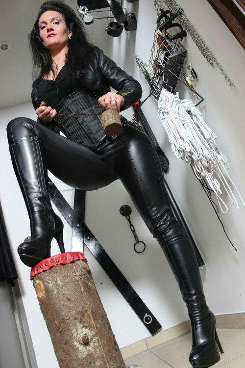 domination-blackmail-mistress-chubby-college-coeds
