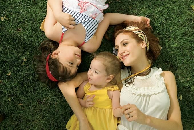 Google Image Result for http://blindgossip.com/wp-content/uploads/2011/08/mother-and-child-2.jpg