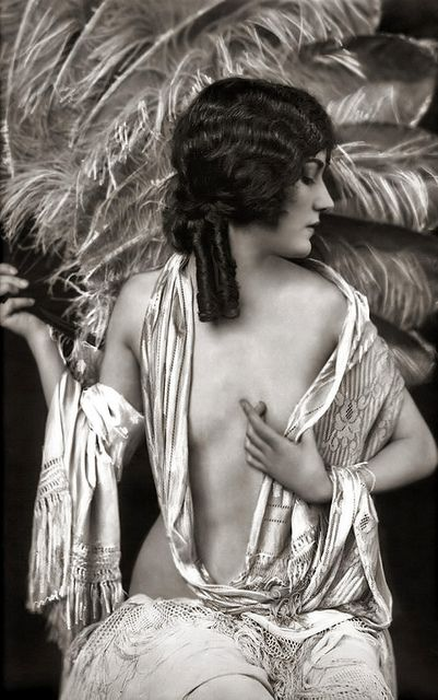 Gloria Swanson - Ziegfeld Model Risque - by Alfred Cheney Johnston [1920s]